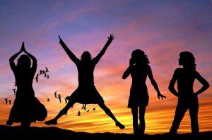 life-spiritualpractice-silhouette-beach-people-pixabay