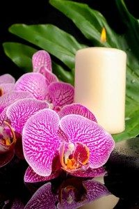 Candle-flowers-123RF-web-200x300